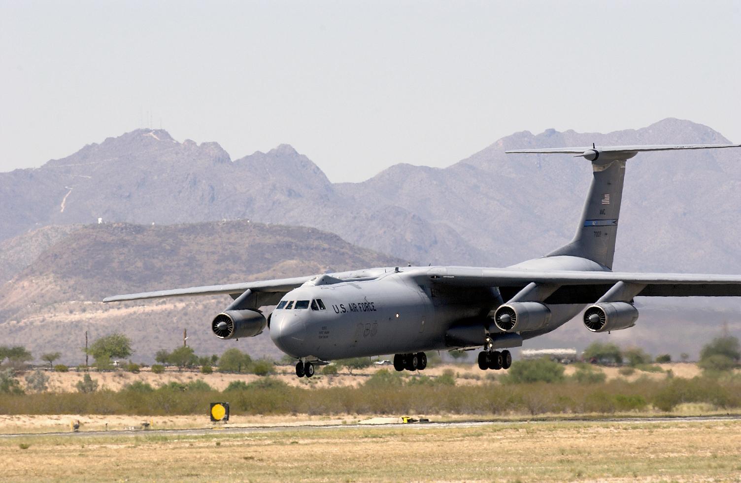 C-141 Starlifter - C-141 Starlifter landing.