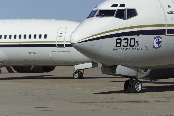 C-40A Clipper -