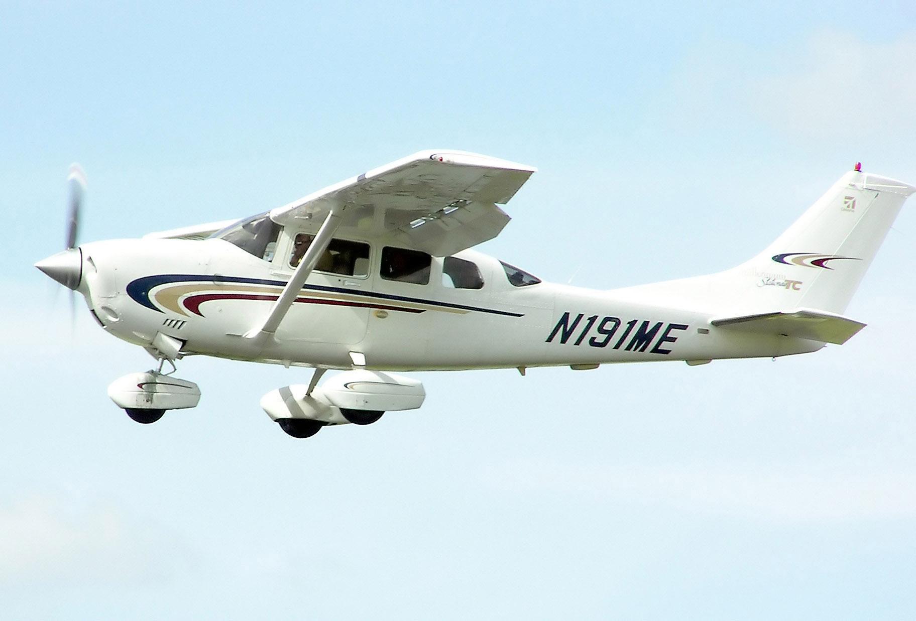 Cessna 206H -