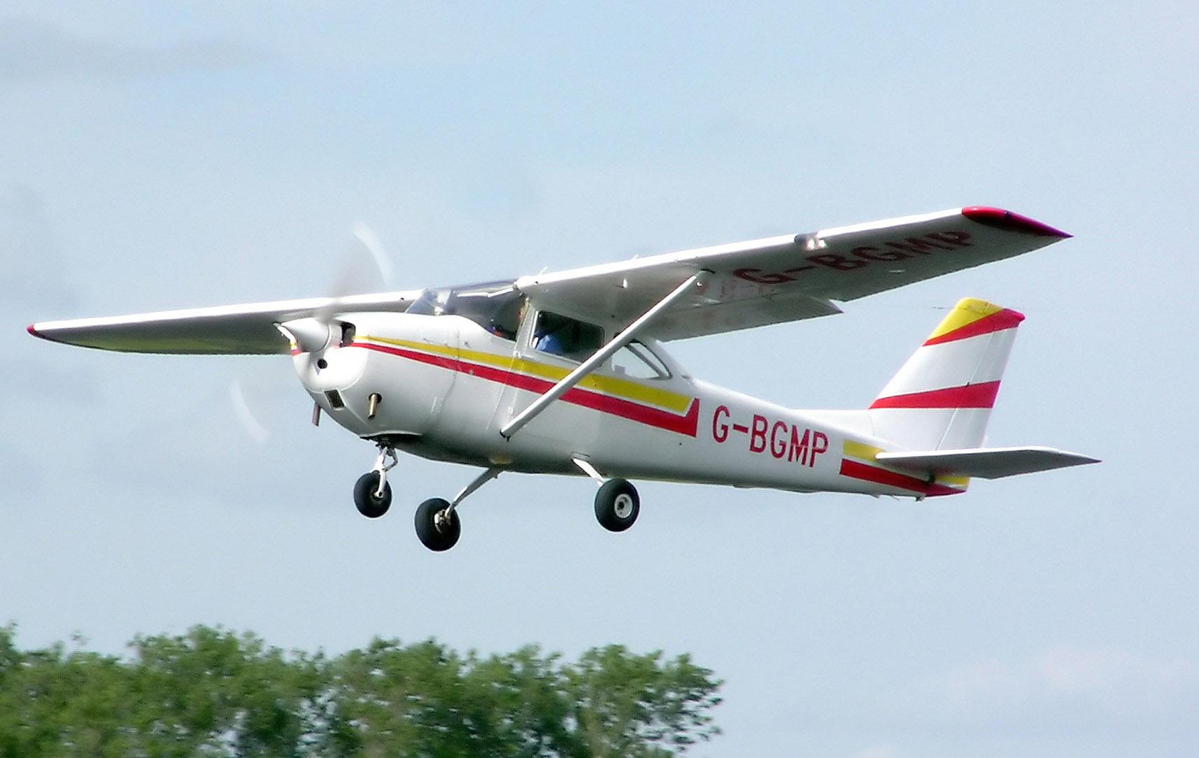 Cessna F172G Skyhawk - 1965 Cessna F172G Skyhawk